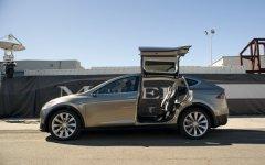 Model X 细节揭晓,Model S 将推全时四驱版